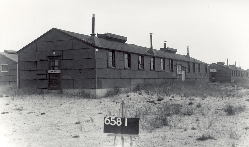 Mess_Hall__Building_6581.jpg